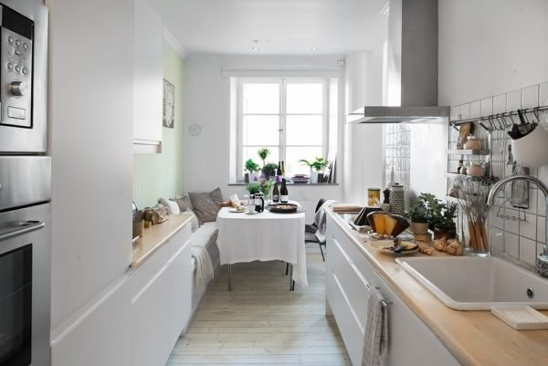cocinas-pequenas-modernas-cocina-alargada