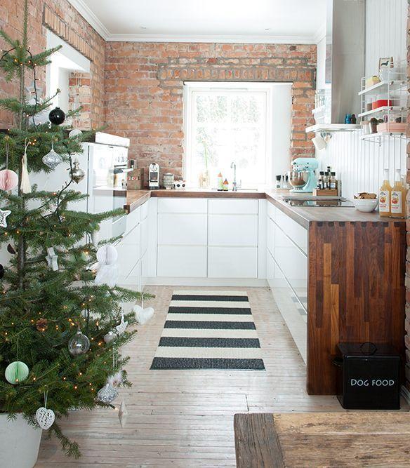 cocinas-pequenas-modernas-cocina-ladrillo-madera