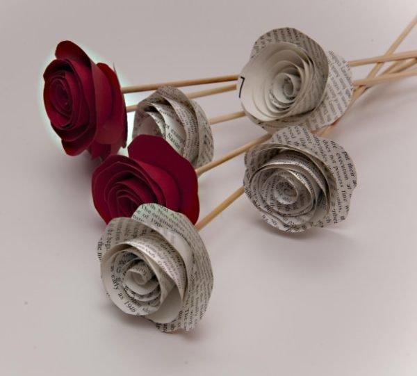 como hacer rosas de papel para regalar - Como Hacer Rosas De Papel
