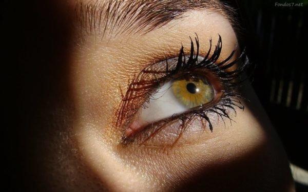 como-maquillar-ojos-verdes-pestañas