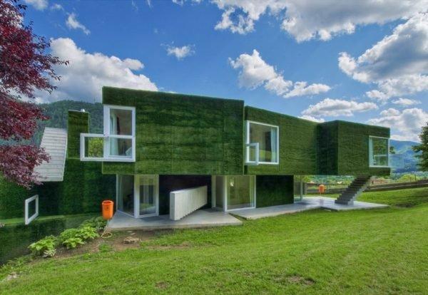 Fachada de casa verde moderna