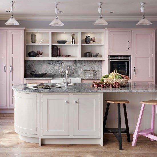 ideas-combinar-los-colores-la-cocina-cocina-rosa-suave
