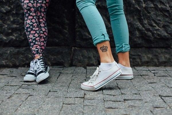 Los tatuajes de coronas