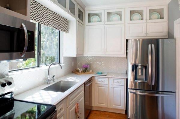 mas-50-fotos-cocinas-pequenas-modernas-2016-cocina-con-estores-en-las-ventanas