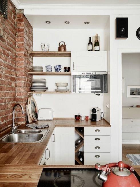 mas-50-fotos-cocinas-pequenas-modernas-2016-cocina-con-pared-de-ladrillo