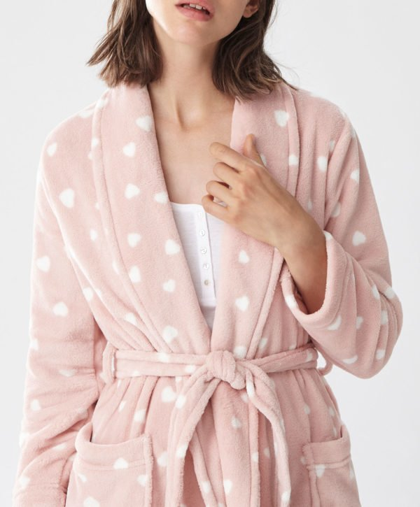 oysho-pijamas-otono-invierno-2017-polares-corazones