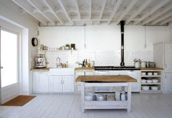cocina-rustica-blanca