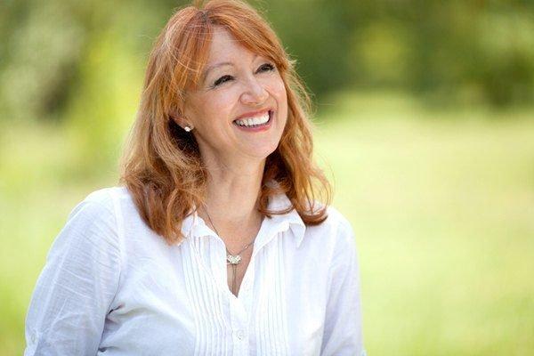 Cortes cabello peinados mujeres mayores 50 anos color mechas