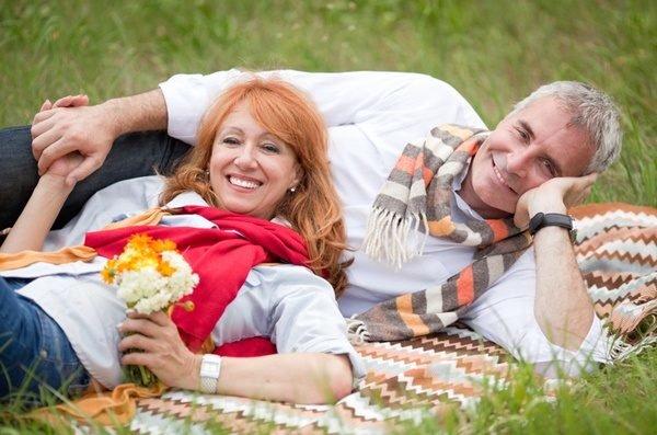 Cortes cabello peinados mujeres mayores 50 anos color naranja