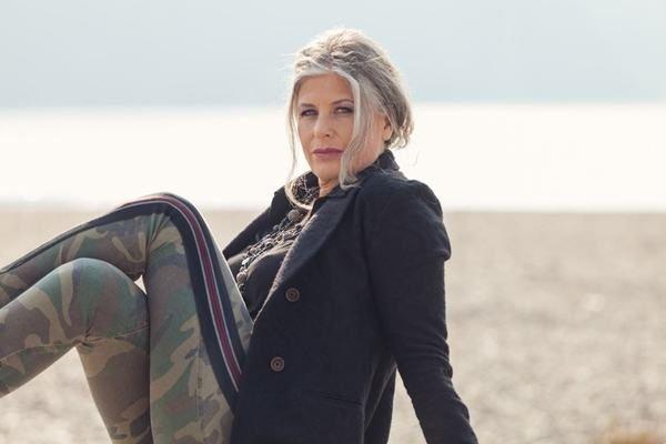 Cortes cabello peinados mujeres mayores 50 anos pelo corto canas mechas