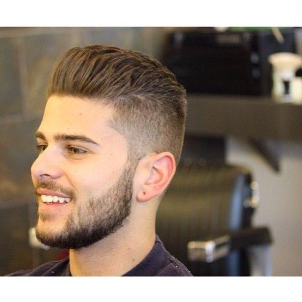 peinados-hombre-subido-y-hacia-atras
