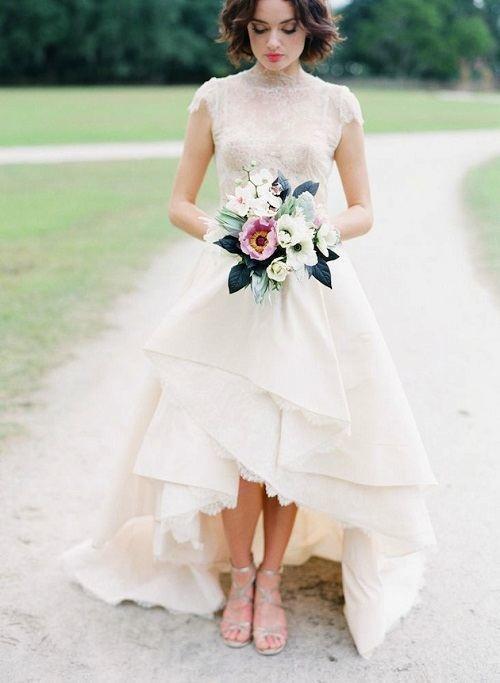 Vestidos de novia boda civil Invierno 2017 \u2013 Corto por delante