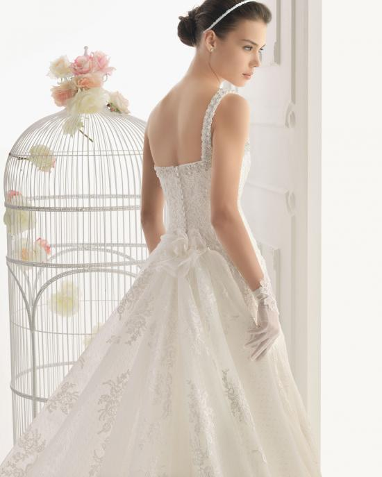 vestidos-de-novia-el-corte-ingles-otoño-invierno-2017-princesa