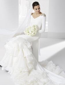vestidos-de-novia-gitana-pedreria-en-los-hombros2