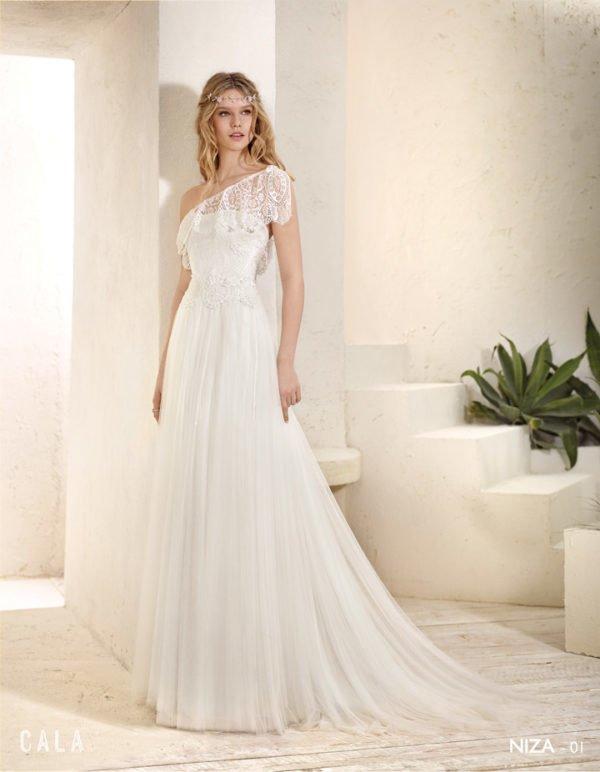 vestidos-de-novia-ibicencos-asimetrico