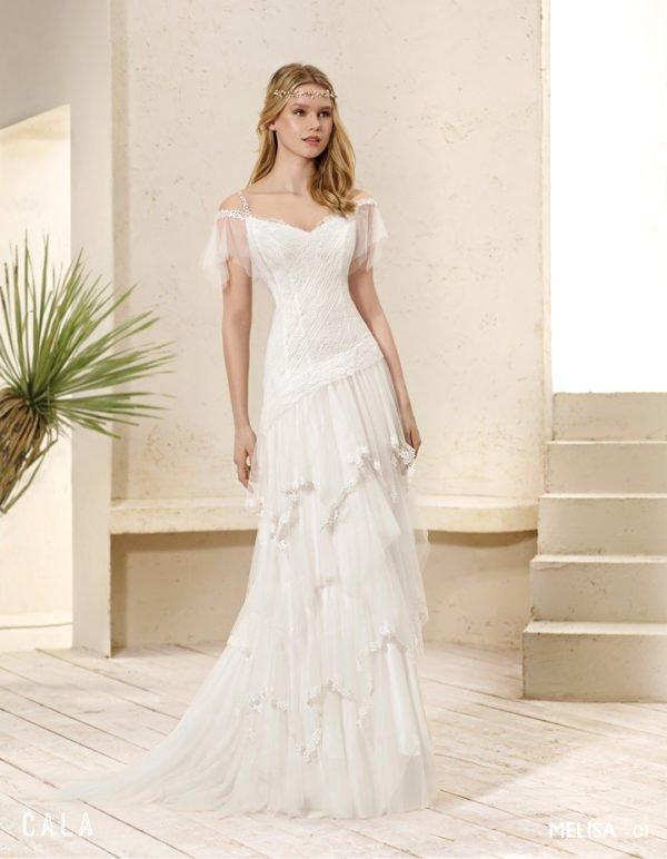 precio asombroso descuento hasta 60% estilo de moda Vestidos de novia ibicencos Primavera Verano 2019 ...