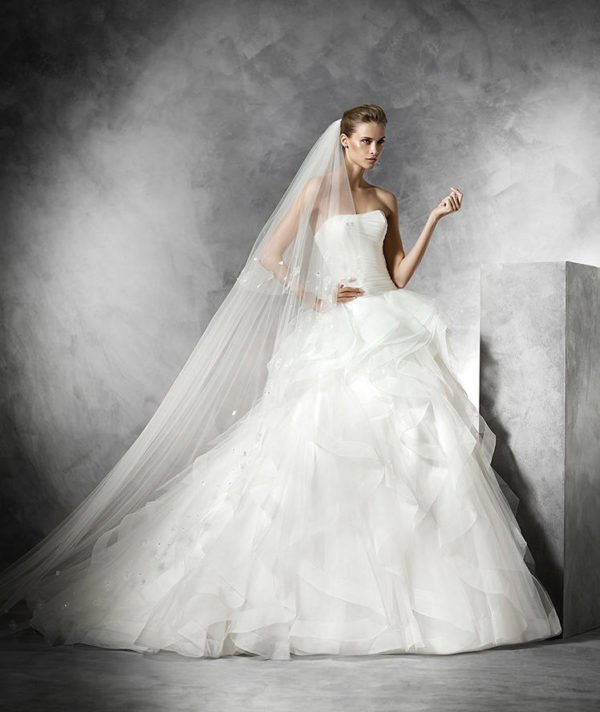 vestidos-de-novia-pronovias-BELIA