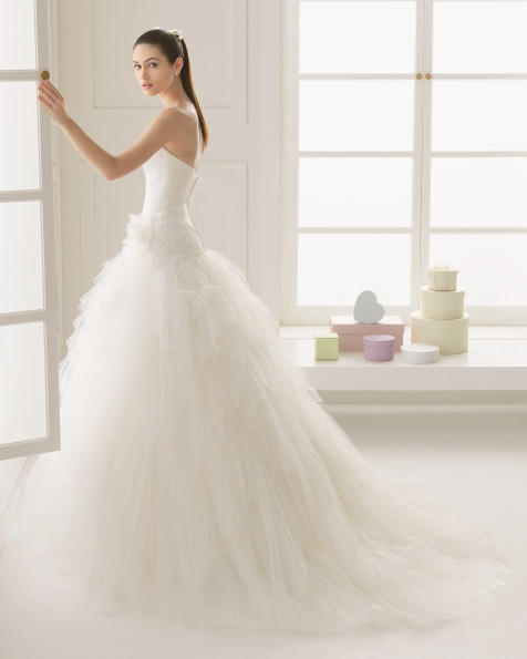 vestidos-de-novia-rosa-clara-espiga