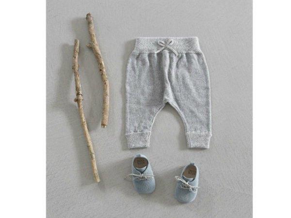 zara-bebes-pantalon-gris