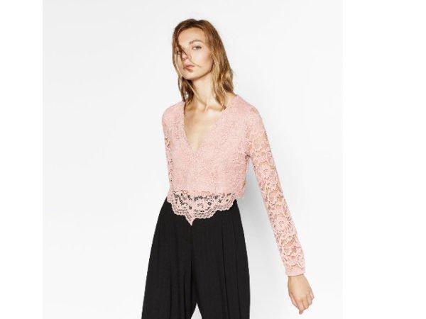 zara-camiseta-encaje-rosa
