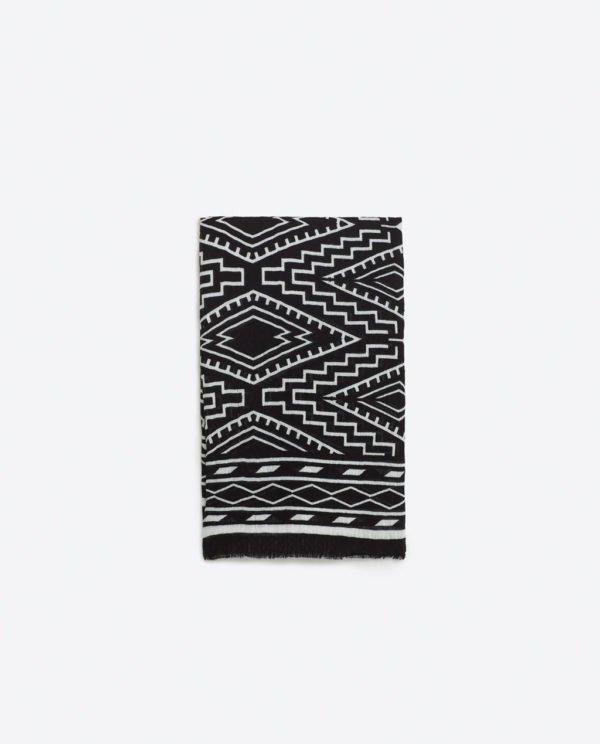 zara-complementos-pañuelos-geometrico-blanco-y-negro