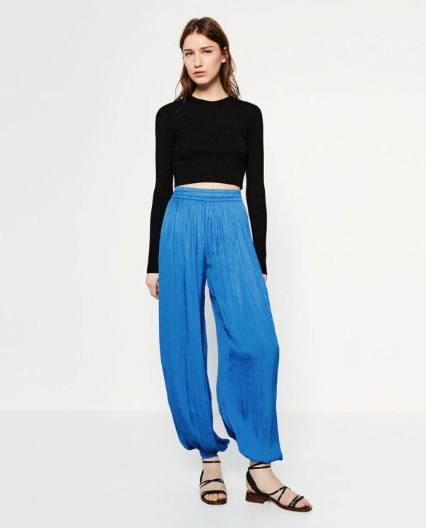 zara-pantalones-anchos-azules