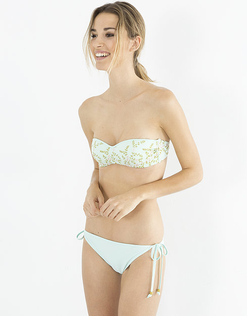bikinis-blanco-romantico.flores