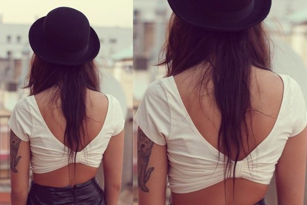 crop-top-camiseta-mono-detras