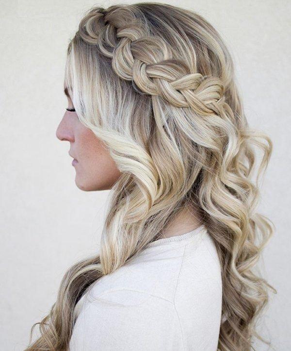peinados-con-ondas-trenza-lateral