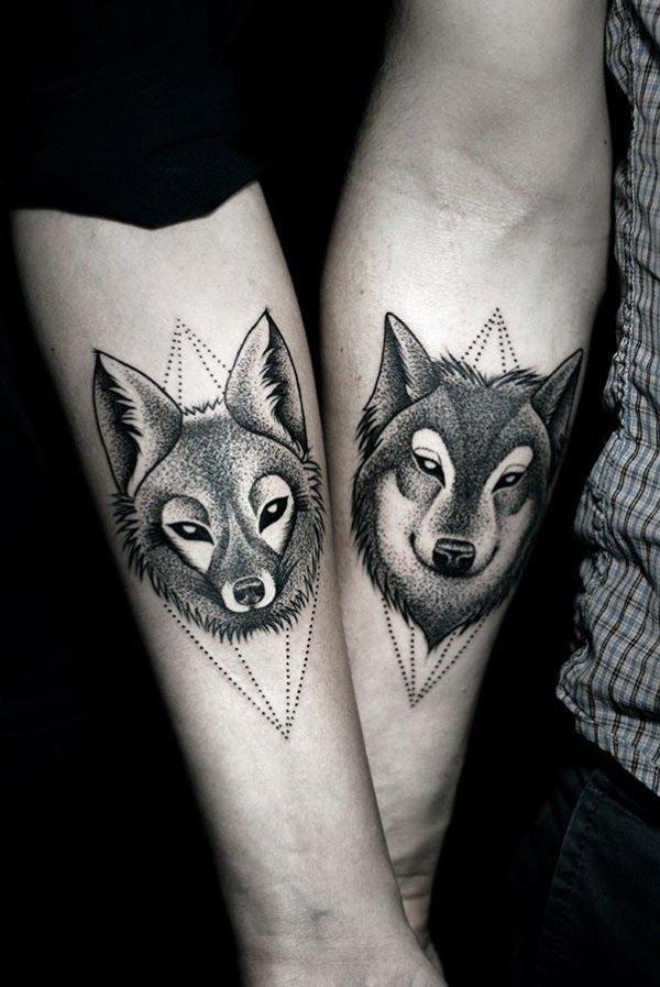 tatuajes-parejas-gemelos-lobos