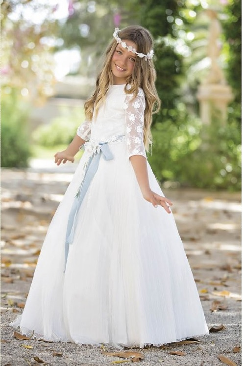 vestidos-de-comunion-diferentes-amaya-sanchez-1