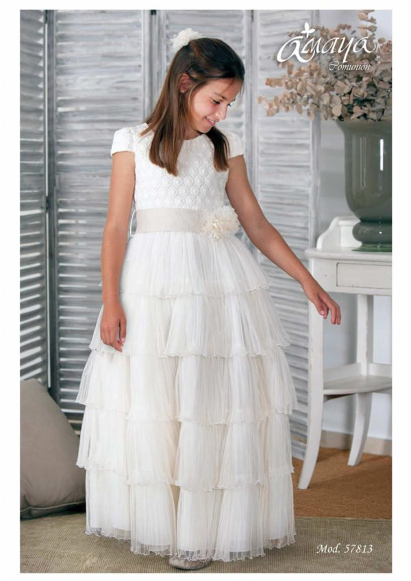 vestidos-de-comunion-diferentes-amaya-sanchez-3