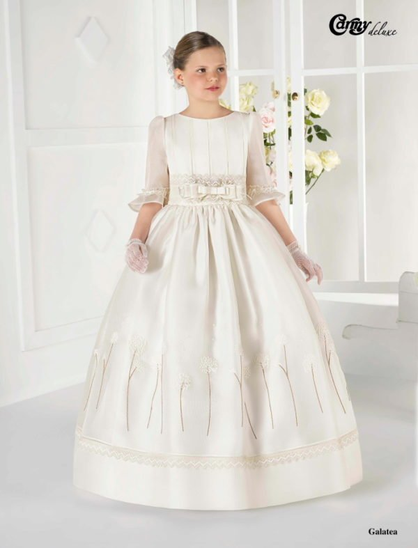 vestidos-de-comunion-diferentes-carmy-galatea