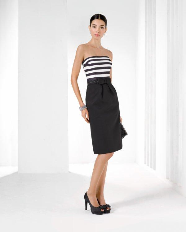 vestidos-de-comunion-para-madres-corto-rosa-clara-falda-negra