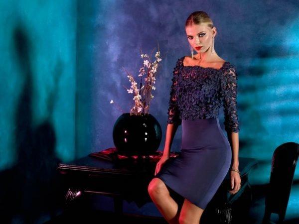 vestidos-de-fiesta-cortos-coctel-azul-oscuro-cuerpo-encaje-manga-fran