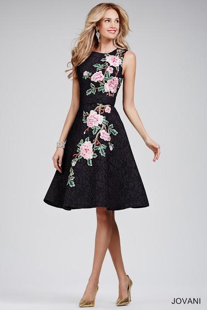 vestidos-de-fiesta-cortos-noche-flores
