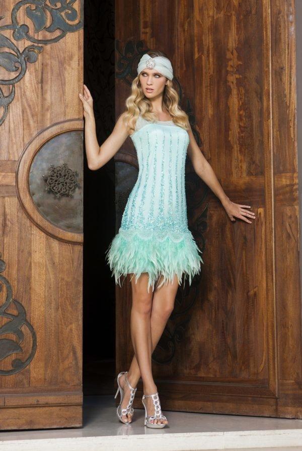 vestidos-de-fiesta-cortos-raso-vestido-verde-plumas