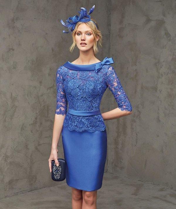 vestidos-de-madrina-de-boda-en-pronovias-azul