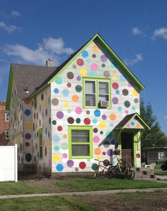 40 fotos e ideas de colores para fachadas de casas y for Fachada de color casa tu piedra