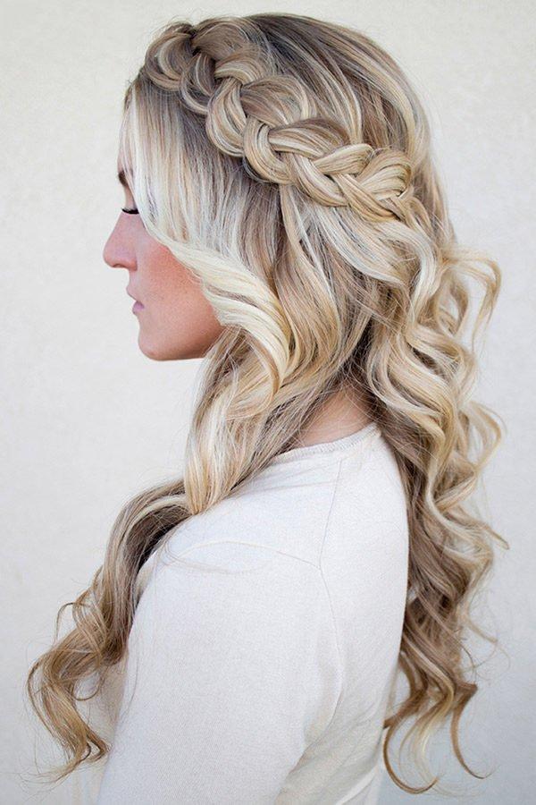 peinados-faciles-para-hacerse-una-misma-en-casa-otoño-invierno-trenza-lateral