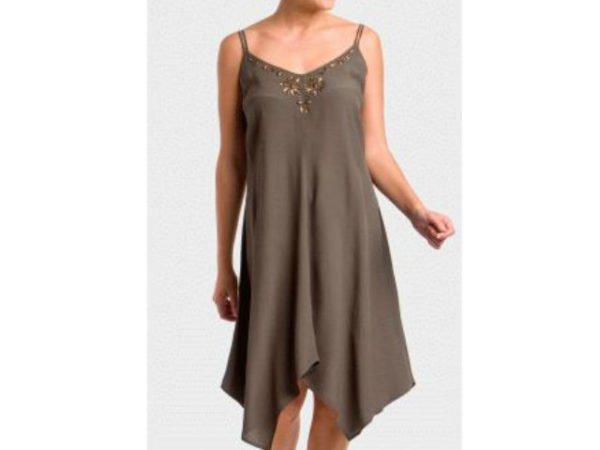 punto-roma-2016-vestidos-taupe
