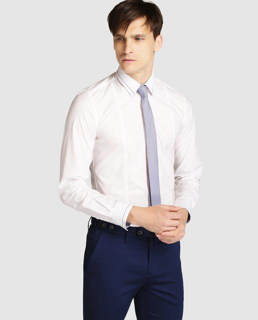 formula-joven-otoño-invierno-hombre-camisa-blanca