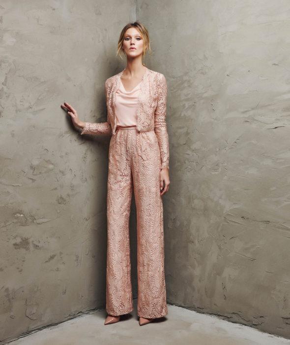 vestidos-de-comunion-para-madres-conjunto-brocado-rosa