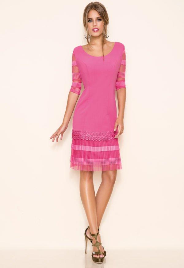 vestidos-de-comunion-para-madres-encaje-rosa-chicle