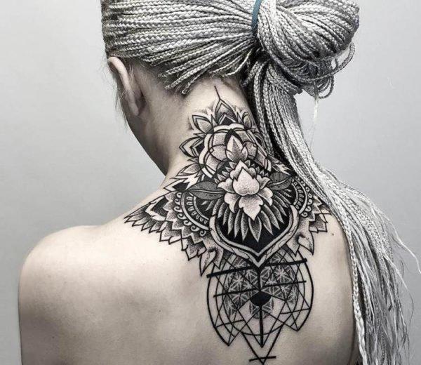 tatuajes-mandalas-para-mujeres-espalda-y-cuello