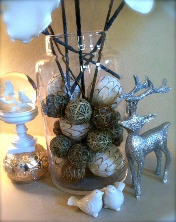 bolas-de-navidad-con-renos-plateados