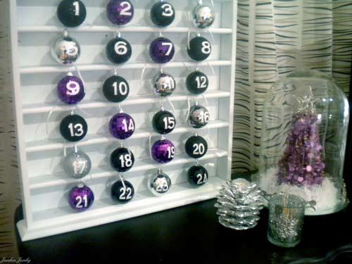 calendario-adviento-originales-con-bolas-de-navidad