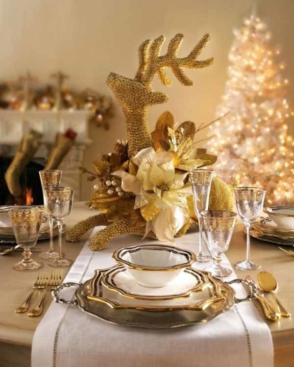 centros-de-mesa-navidenos-reno-dorado