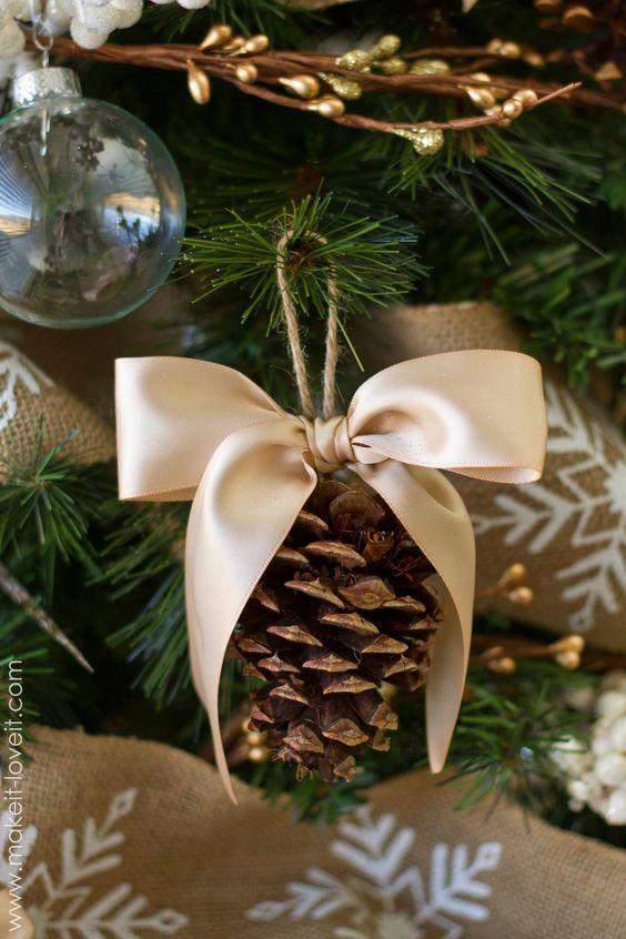 lazos-de-navidad-pina