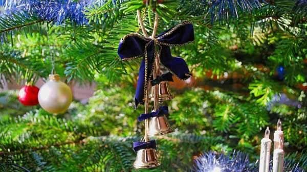 lazos-navidad-camapnillas
